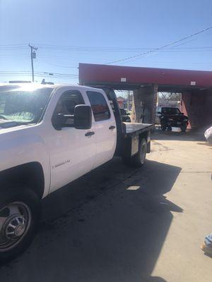 Chevy Silverado 3500 hd for Sale in Dallas, TX