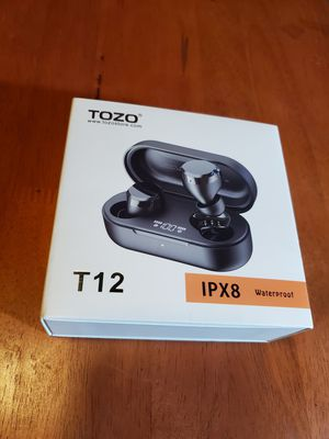 TOZO T12 BLUETOOTH EARBUDS for Sale in Miami, FL