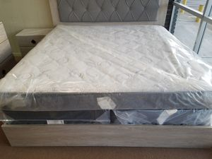 King mattress and box spring set BRAND NEW for Sale in Tulsa, OK