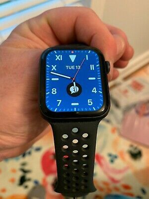 Apple watch series 5 for Sale in North Bend, WA
