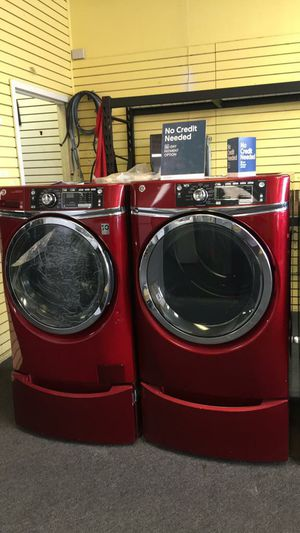 Red Ge washer and dryer with pedestal for Sale in Randallstown, MD