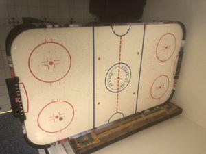 Air hockey table for Sale in Acworth, GA