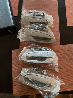All door handles, Nissan Altima 00 06 all news for Sale in Houston, TX