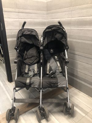 Maclaren double stroller for Sale in Brooklyn, NY