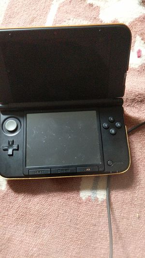 3 dx XL with gold case for Sale in Edmonds, WA