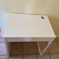 IKEA Mini Desk for Sale in Arcadia,  CA