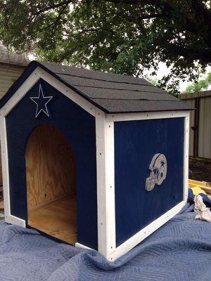 Big cowboys dog house for Sale in Dallas, TX