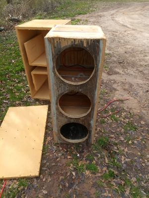 Box for 3 12s for Sale in Wellford, SC