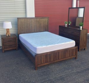 Rustic wood Queen 5 piece Complete bedroom set includes mattress & boxspring for Sale in San Diego, CA