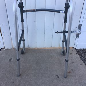 WAKER GOOD CONDITION for Sale in Phoenix, AZ