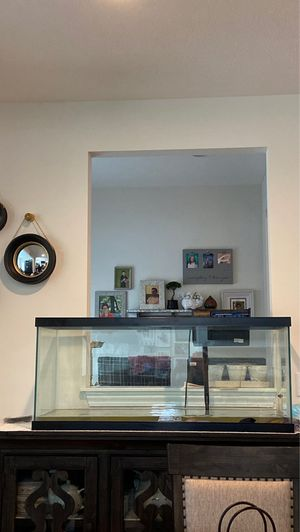 75 gal Fish tank for Sale in Hilliard, OH