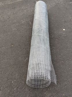 Small Roll Ckickenwire for Sale in Renton,  WA