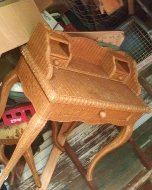 Wicker vanity desk with matching seat in very good condition for Sale in Wichita, KS