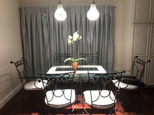 Glass kitchen table for Sale in Chula Vista, CA