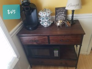 Wood and metal stand with drawers and shelf for Sale in Alamo, GA