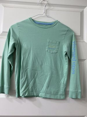 Child Vineyard Vines T-shirt. Size 7 for Sale in Houston, TX