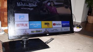60 inches Lg Tv for Sale in Spanaway, WA