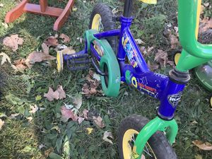 Handy Andy Bike and T-shirt for Sale in Peoria, IL