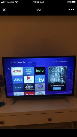 32 inch TCL Roku TV HD for Sale in MIAMI, FL