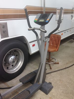 NordicTrack Elliptical for Sale in Tacoma, WA