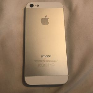 AT&T or Cricket iPhone 5 for Sale in Austin, TX