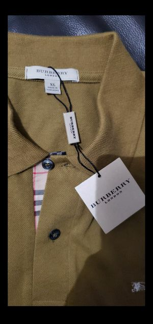 Camisa burberry brand new size xl for Sale in Redwood City, CA
