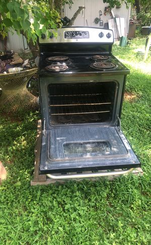 GE electric stove for Sale in Elmendorf, TX