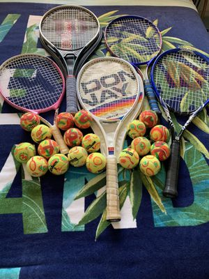 5 nice tennis rackets for Sale in Novato, CA