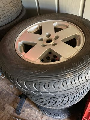 Jeep Sahara wheels with tires for Sale in Beaverdam, VA