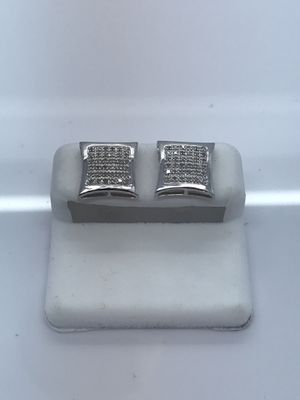 10k White Gold Earrings with .20 carat diamonds new for Sale in Renton, WA