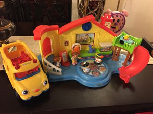 Little people bus and school for Sale in Manassas, VA