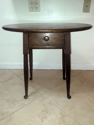 Vtg Oval Table with drawer for Sale in Deerfield Beach, FL
