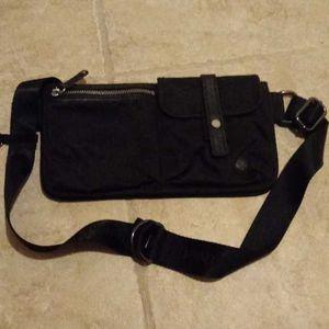 Lululemon Black Travel/Dog Walking Fanny Pack lululemon athletica for Sale in Renton, WA