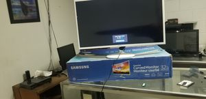 """Essential curved monitor 32"""" for Sale in Hacienda Heights, CA"""