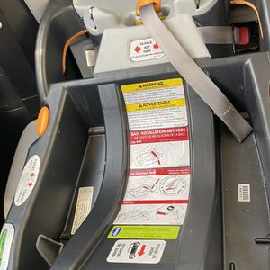 Chico Car seat , Base & Storllee bundle for Sale in Atlanta, GA