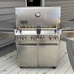 Weber summit 670 gas grill (propane) for Sale in Raleigh, NC