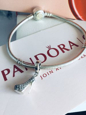 Authentic pandora charm Comes with dust bag I do only ship through OfferUp for Sale in Santa Rosa, CA
