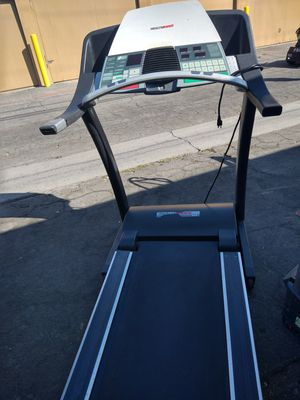 Health rider ruuner good incline working good for Sale in City of Industry, CA