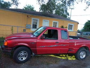 Ranger XLT 2002 FORD /Body PK for Sale in Miami, FL