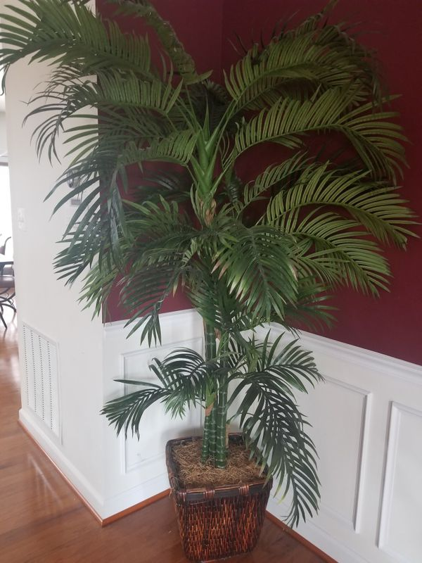 Potted Artificial Home Decor Palm Tree