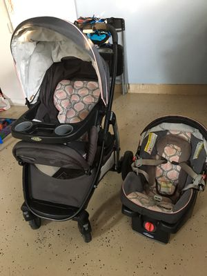 Baby stroller with infant car seat and base for Sale in Dublin, CA