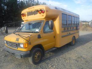 2006 School Bus Schoolie hippie van for Sale in Fontana, CA
