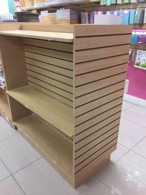 Gondolas / merchandise retail store shelves for Sale in Miami, FL