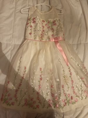 Flower girl dress size 6 for Sale in Chino Hills, CA