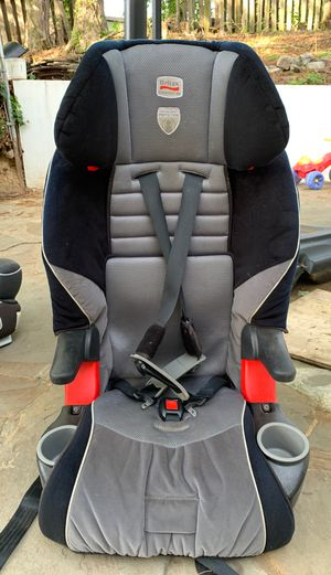 Carseat / booster seat, 2 in 1 Britax for Sale in Woodbridge, VA