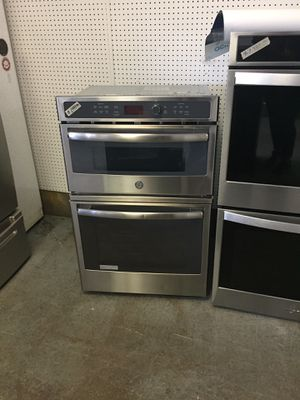 GE microwave oven combination stainless steel 27 new scratch and dent for Sale in Fort Lauderdale, FL