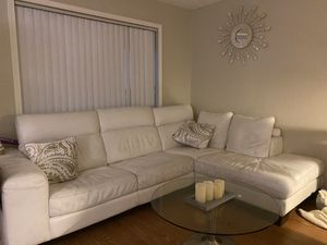 Sectional couch for Sale in Cypress, CA