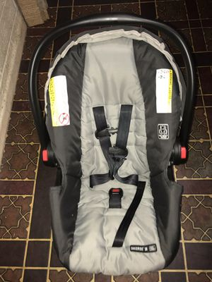 Graco infant car seat with base and stroller for Sale in Phoenix, AZ