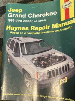 Jeep Grand Cherokee Haynes Repair Manual for Sale in Tacoma,  WA