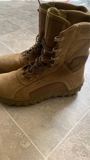 Boots for Sale in Virginia Beach, VA